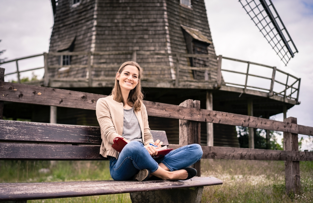 Eliza Diekmann ist in Burgsteinfurt aufgewachsen und hat in Wien und London studiert. Ab dem 1. November ist sie Bürgermeisterin von Coesfeld. Foto aus der Wahlkampagne: Simon Thon