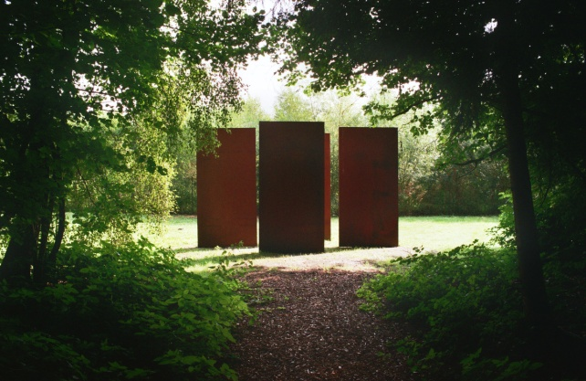 Blick in den Skulpturenpark. Foto: Archiv Wilfried Hagebölling
