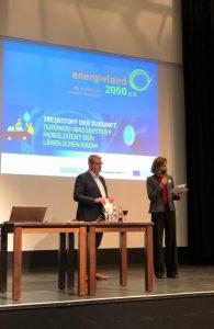 Der Kreis Steinfurt hat mit Politikern, Wirtschaftsvertretern und Wissenschaftlern auf einer Tagung die Pläne für die Modellregion Wasserstoffmobilität diskutiert. Foto: Kreis Steinfurt