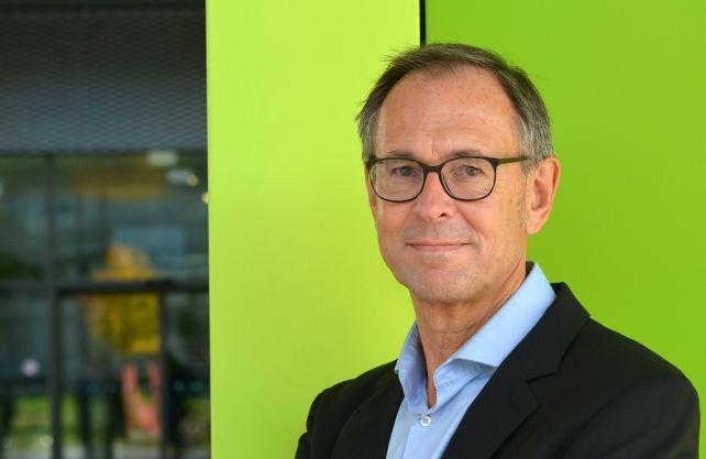 Prof. Dr. Andreas Zick leitet das Institut für interdisziplinäre Konflikt- und Gewaltforschung an der Universität Bielefeld. In seinen Studien beschäftigt er sich unter anderem mit Vorurteilen und Rassismus, Rechtsextremismus und Antisemitismus. Foto: Universität Bielefeld/ Norma Langohr