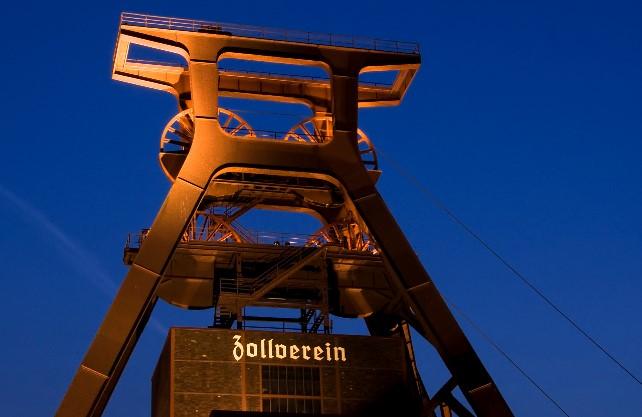 Auf jeden Fall (mehr als) einen Besuch wert: Das UNESCO Welterbe Zeche Zollverein in Essen. Foto: Olaf Schneider/www.pixelio.de