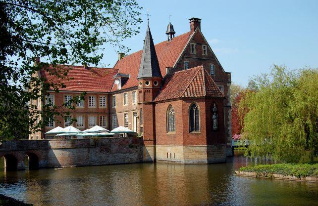 Das Geburtshaus der Annette von Droste-Hülshoff in Havixbeck. Foto: Thomas-Max Müller / pixelio.de