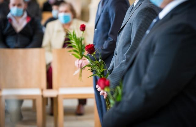 In der evangelischen Christus-Markus-Gemeinde in Ibbenbüren wurden im April die Konfirmationen in Kleingruppen und mit reduzierter Besucherzahl gefeiert. Foto: Hannes Keeve