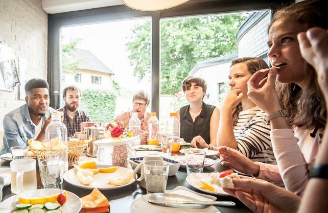 Gemeinsame Kochabende der Evangelischen Studierendengemeinde können erst einmal nicht stattfinden. Foto: ESG Bielefeld