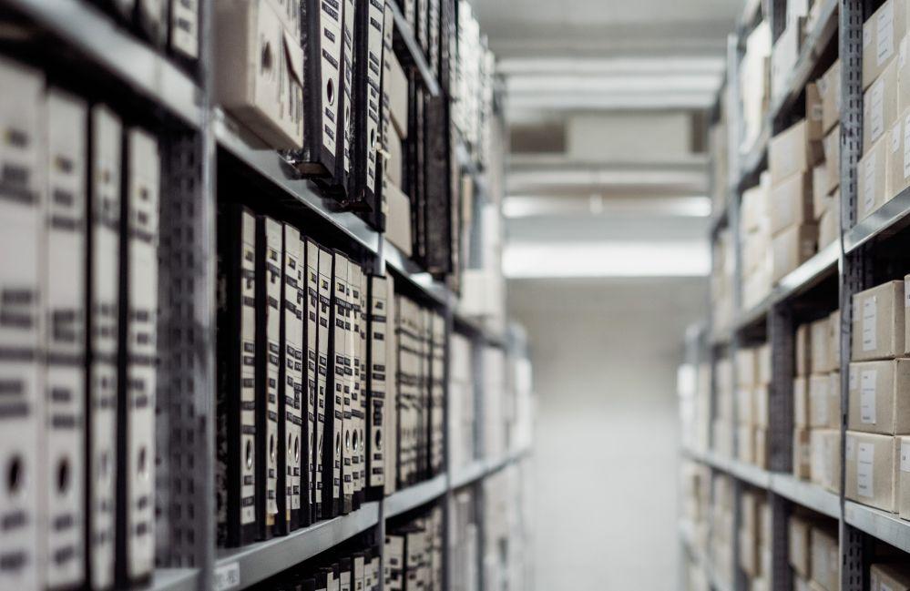 Der Besuch in Archiven gehört für viele Ahnenforscher zu ihrem Hobby. Foto: pixabay