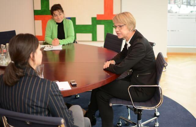 westfalenspiegel.de traf die Regierungspräsidentin in ihrem Büro. Foto: Bröker