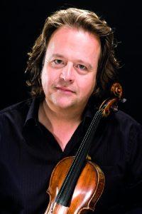 Der Violinist und Intendant Gernot Süßmuth. Foto: WestfalenClassics
