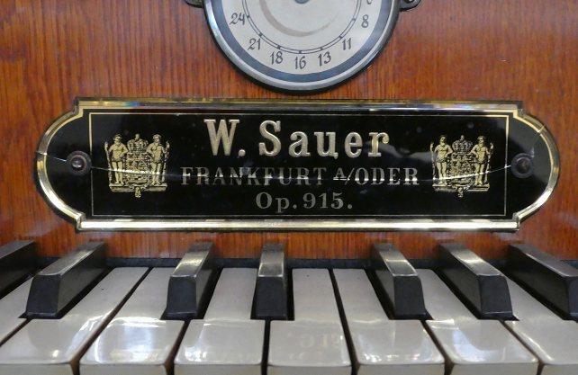 Der Spieltisch der Sauer-Orgel. Foto: Stiftung Orgelklang