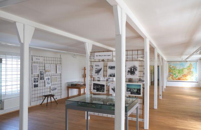Blick in die Ausstellung im Stalag 326. Foto: Oliver Nickel