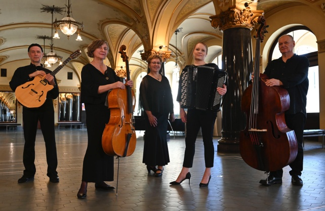 Das Tango Ensemble Contrabajando tritt am 18. September in Ahlen auf. Foto: Volker Beushausen