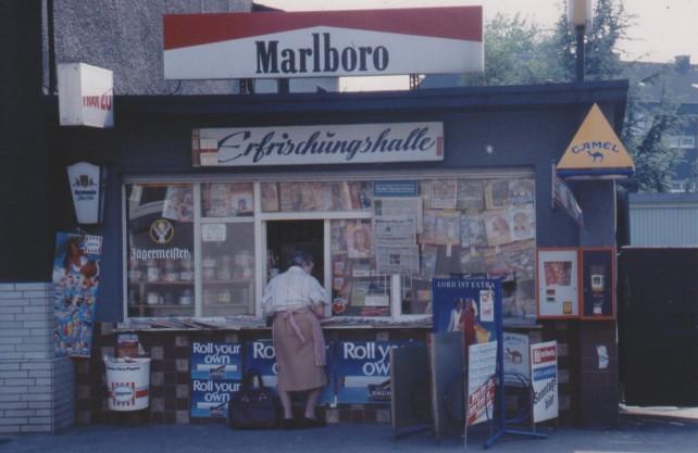 Früher und heute ein sozialer Ort: die Trinkhallen im Revier. Foto: Wolfgang Schneider