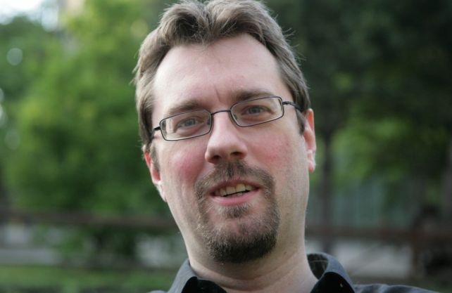 Psychologe und Experte für Verschwörungstheorien, Alexander Waschkau. Foto: hoaxilla.com