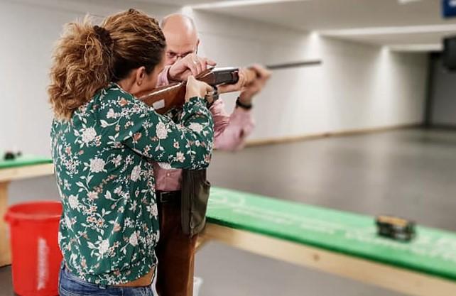 Auch das Schießen haben die Frauen schon geübt. Foto: privat