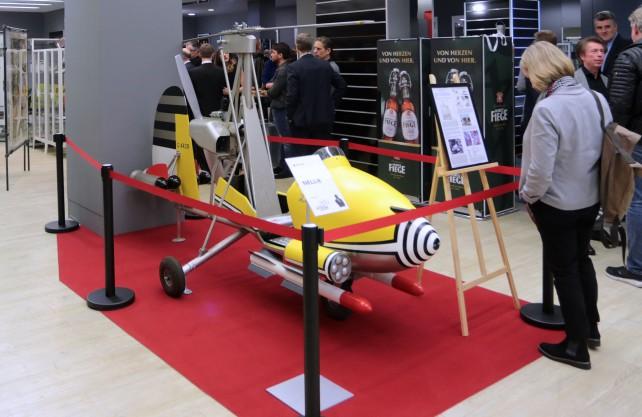 Besucher in der Bond-Ausstellung in Bochum. / Foto: Bochum Marketing GmbH, Andreas Molatta